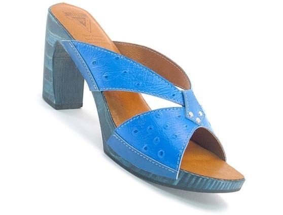 Selina Blue