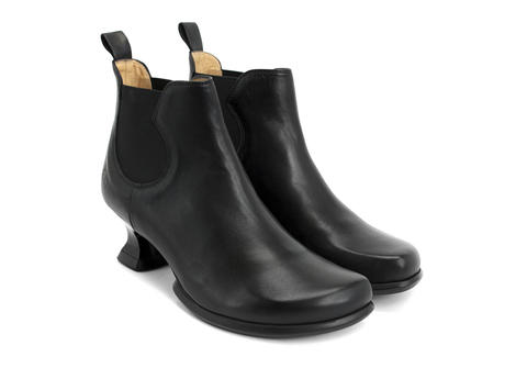 Danke Noir Low heel chelsea boot