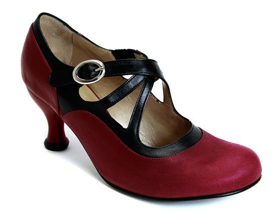 Pearl Hart Wine & Black Criss-crossed mary jane heel