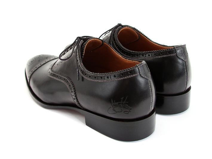 Brandenburg Black Classic Capped Toe Brogue Shoe