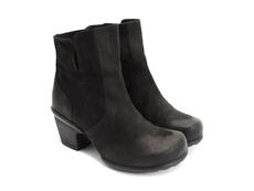 Rosy Black Buffed Toe Leather Bootie