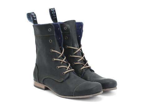 BBC: Hommes Noir Classic Lace-up Boot