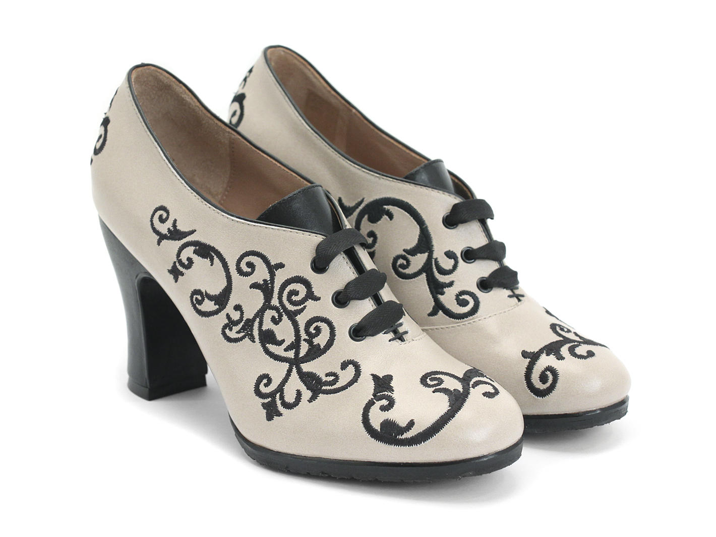 Cream Shoes, Women's Cream Shoes, Juniors Cream Shoes Macy's Presents: The Edit - A curated mix of fashion and inspiration Check It Out Free Shipping with $49 purchase + Free Store Pickup.