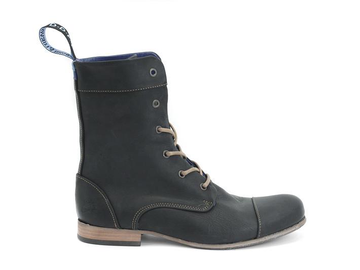 BBC: Femmes Noir Classic Lace-up Boot