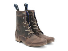 BBC: Femmes Brun Classic Lace-up Boot