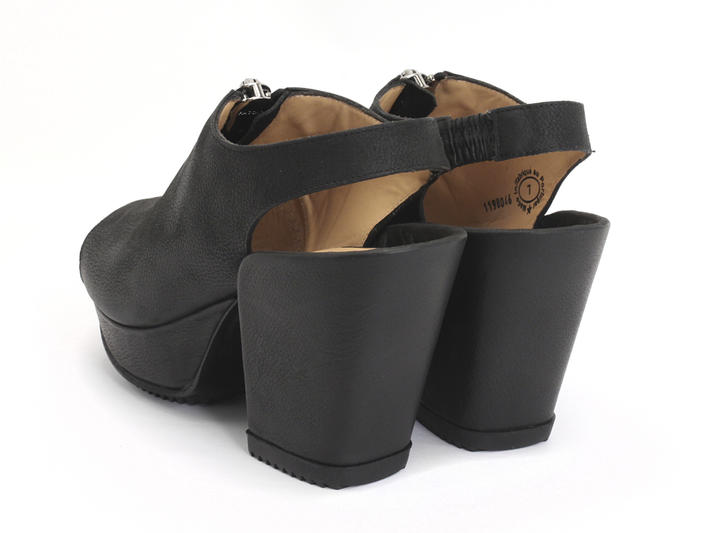 Tent Black Open Toe Platform Sandal