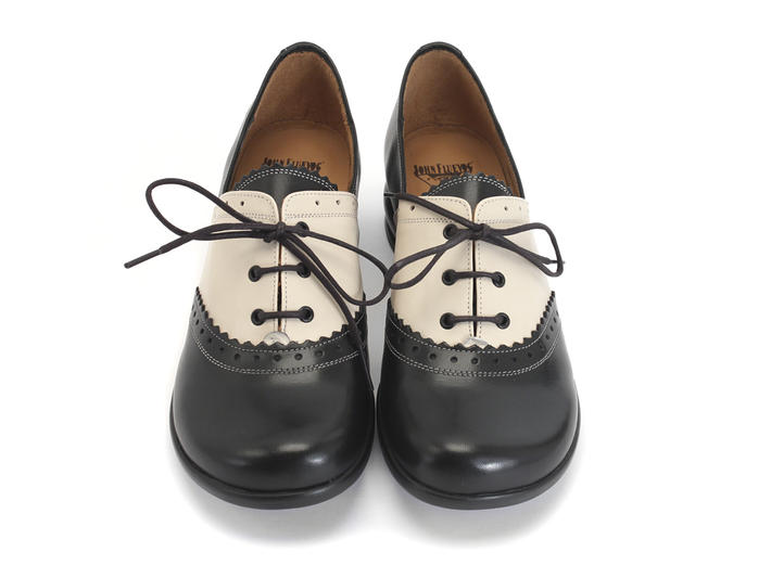 Erika Black & Ivory Brogued oxford shoe