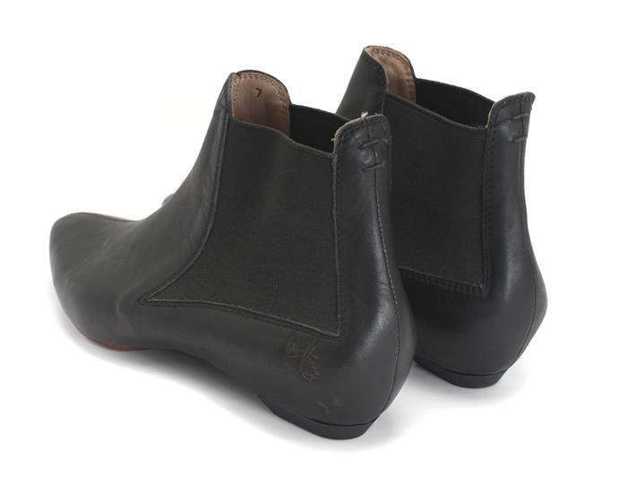 Electricity Black Pointed Chelsea Boot