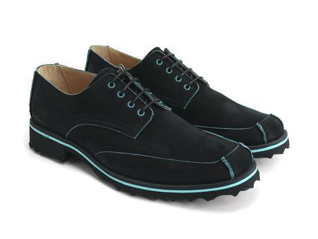 Black with Aqua trim