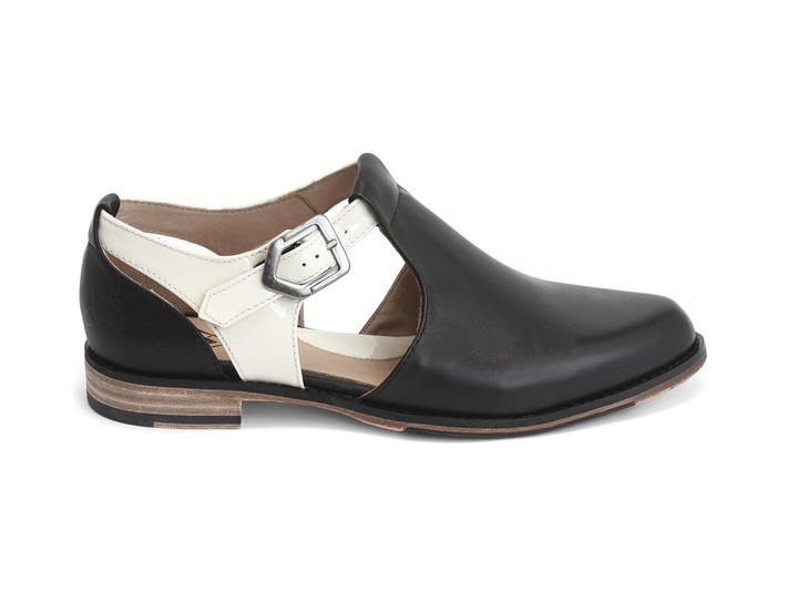 Maria-Louisa Black & White Side-buckled t-strap shoe