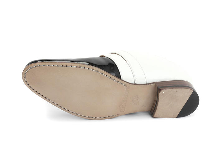 johnston black singles Buy johnston & murphy men's black boydstun single monk strap, starting at $199 similar products also available sale now on.