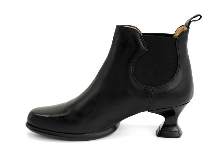 Danke Black Low heel chelsea boot