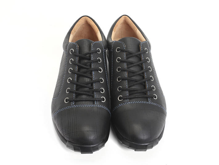 Elroy Black Capped toe derby