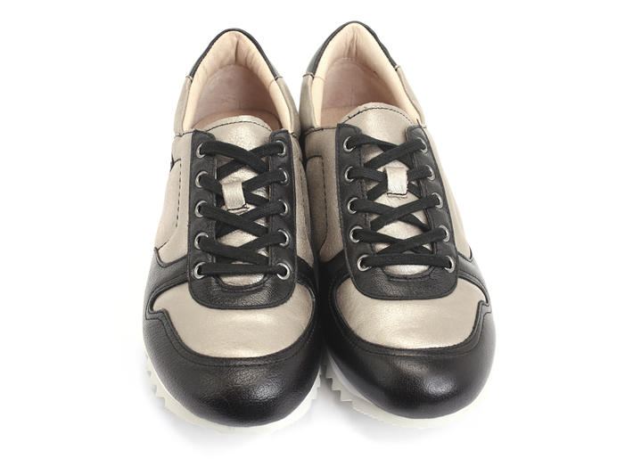 Easton Grey Shiny lace-up sneaker