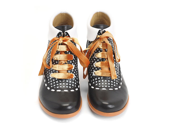 Investigator Dots Collared lace-up ankle boot