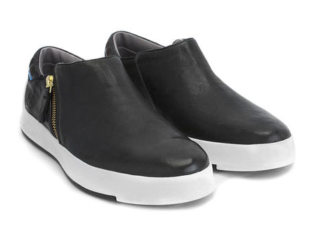 Type 1 Black Casual zip up sneaker