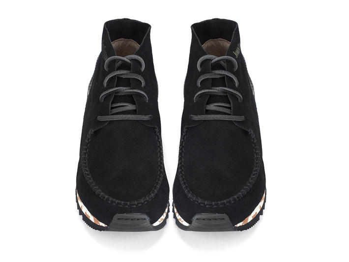 Stanley Black Moccasin-style chukka sneaker