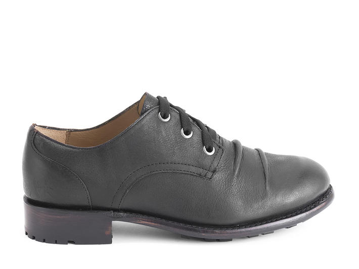 Meryl Black Wrinkled lace-up shoe