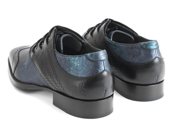 Cavalier Blue/Black Scalloped eyelet derby shoe