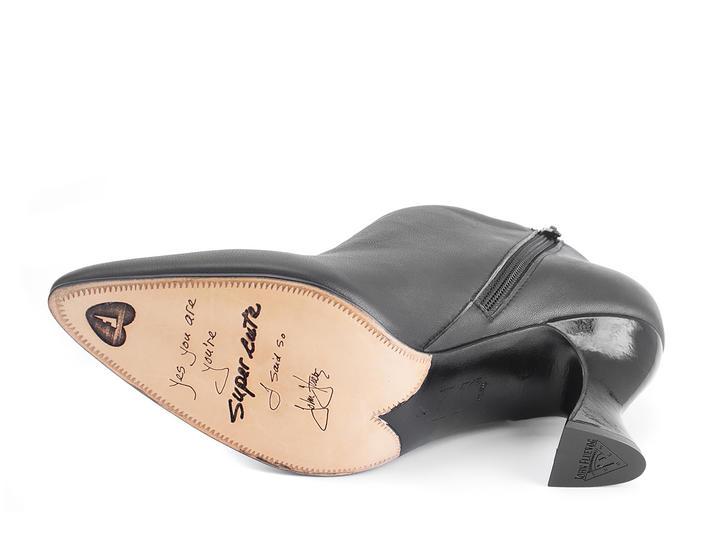 Edie Black Sexy asymmetric heel