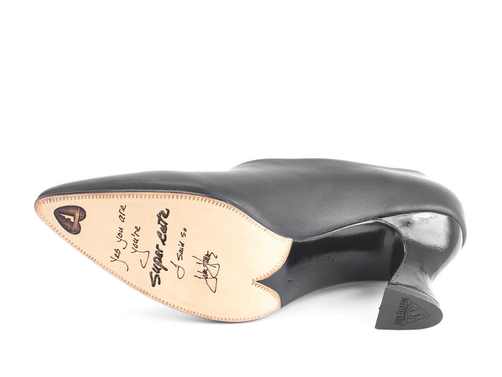Ioni Black Sexy leather pump