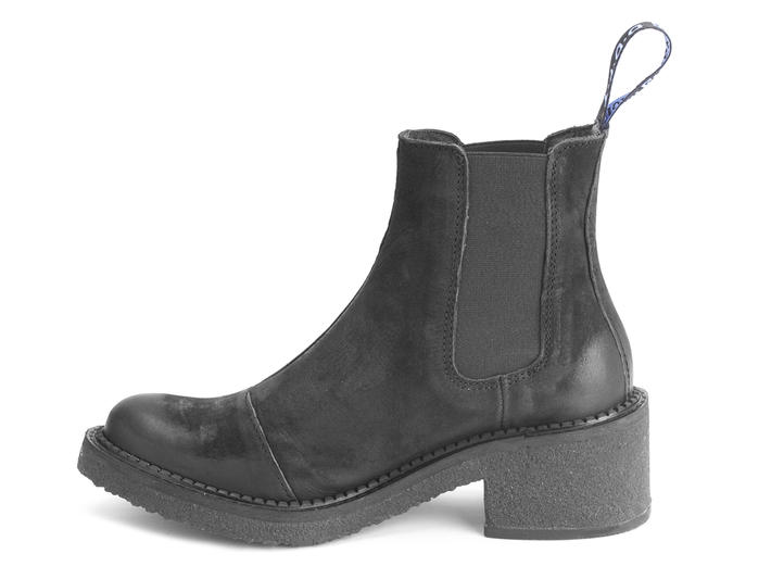 Nap Black Crepe soled chelsea boot