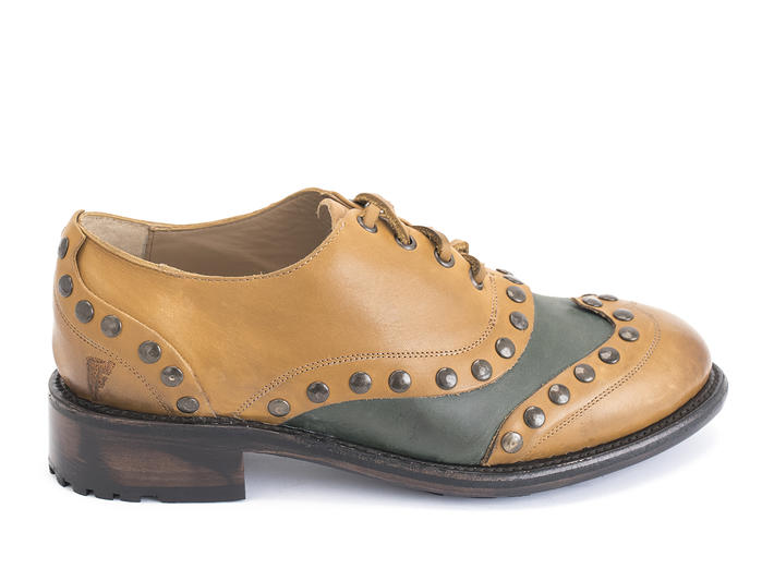 Studly Brown Studded wingtip oxford