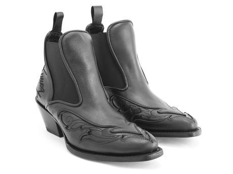 Estrelita Black Western chelsea boot