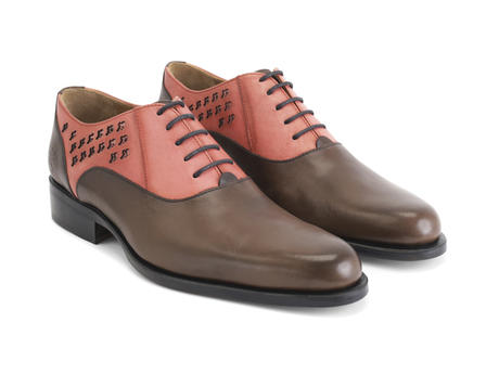 211 Carrall Street Brown/Pink Traditional oxfords