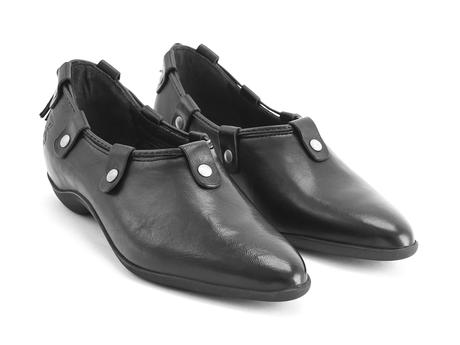 Vigor Black Slip-on shoe