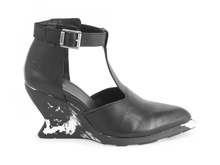 Zoomies Black T-strap wedge heel