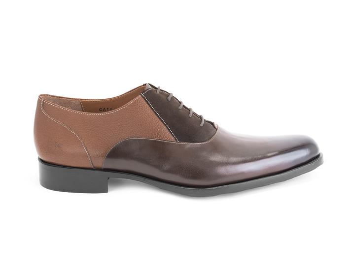 211 Carrall Street Brown (Large) Traditional oxfords