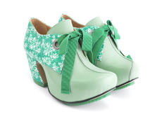 Pledge Green Lace-up platform heel