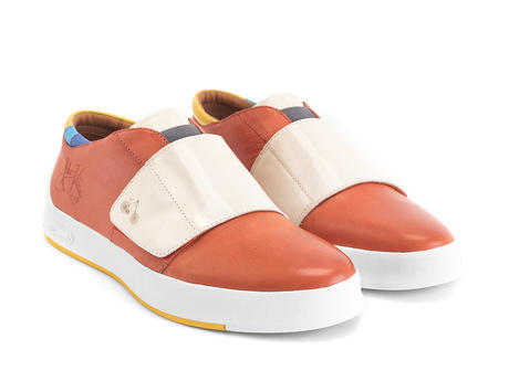 Moving Orange Sneaker with strap