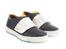 Moving Navy Sneaker with strap