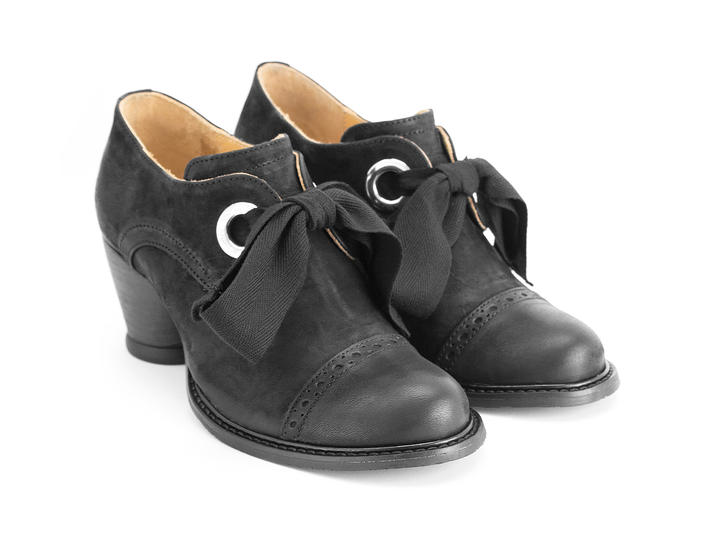 Templeton Black Single eyelet lace-up shoe