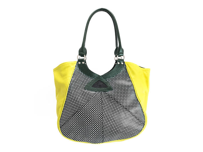 Twist Tote Dots Contrast tote with patent