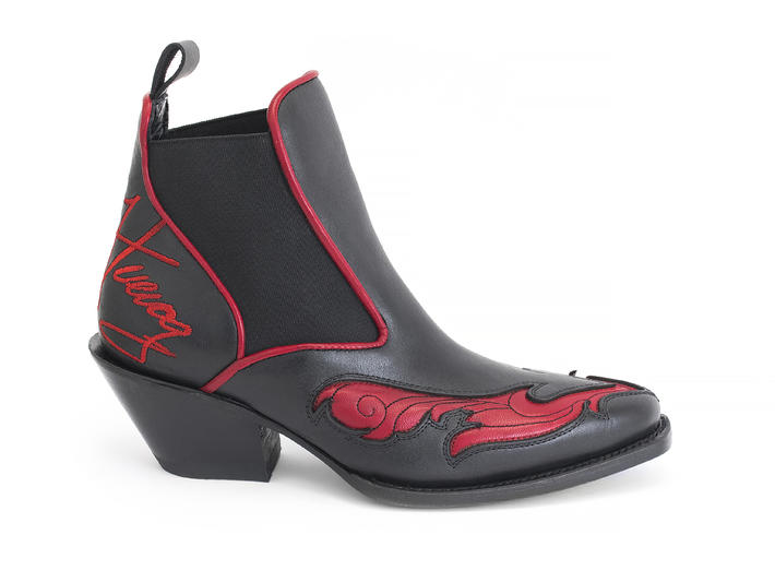 Estrelita Black & Red Western chelsea boot