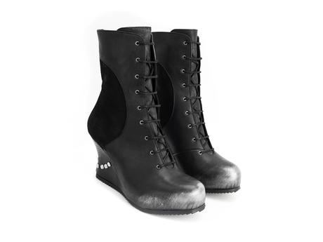 Safia Black Lace-up wedge boot