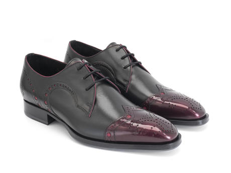 Duke Cherry/Black Brogued wingtip derby