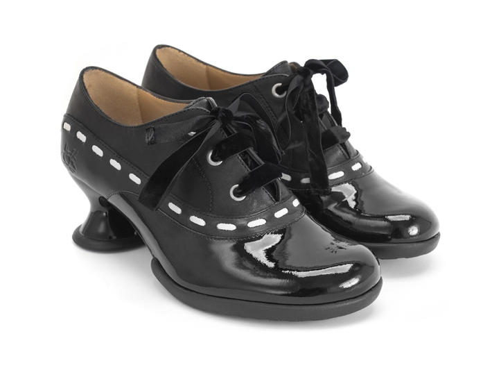 Peacemaker Black Lace-up shoe with stitching