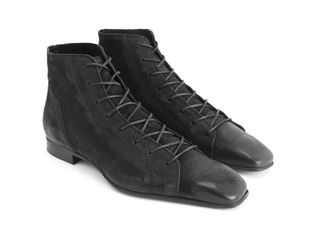 Henley: Women's Black Square toe lace-up boot