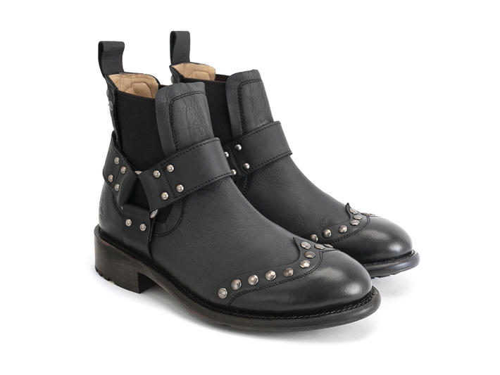 Dewey Black Studded chelsea boot