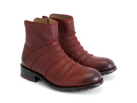 Beauvoir Red Ankle boot with out seams