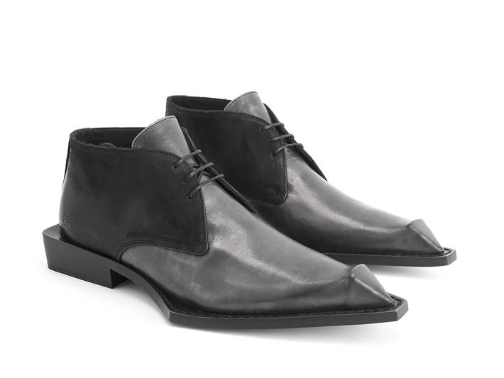Lukas Grey Bumped toe chukka boot