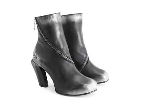 Dorritie Silver Spiral zip ankle boot