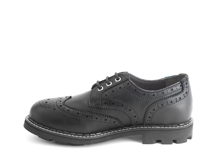 Michael: Men's Black Classic Wingtipped Derby