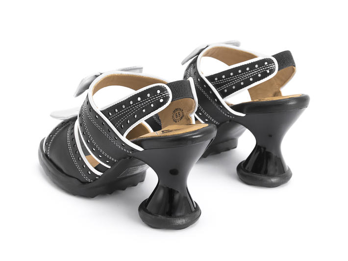 Bips Black/White Open toe slingback