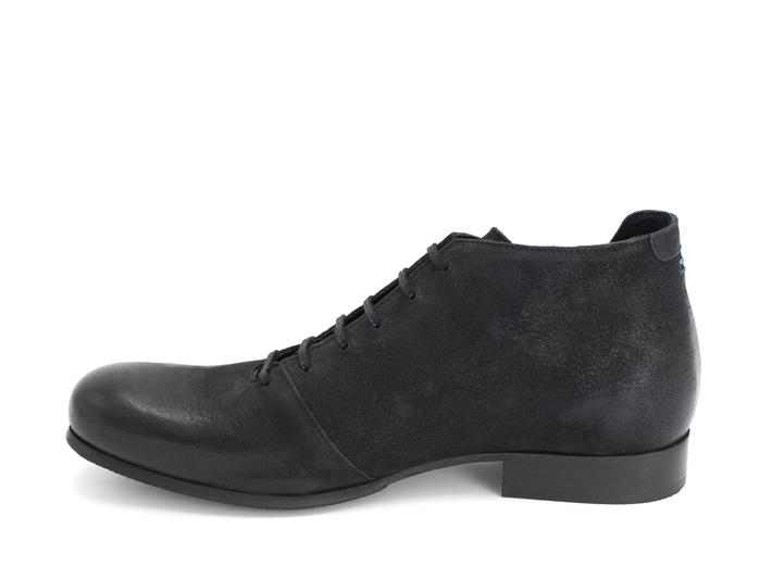 CJRT Black Lace-up ankle boot