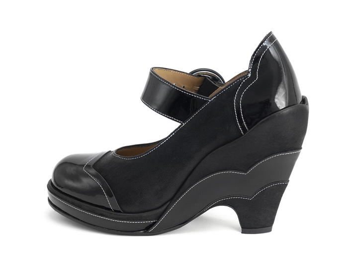 Miss July Black Scalloped wedge heel